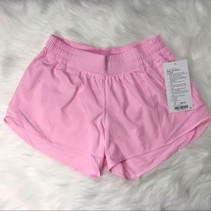 NWT LULULEMON Hotty Hot short II long 8 Miami pink